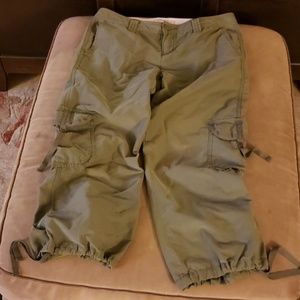 Tommy Jeans Army Green Cropped Pants